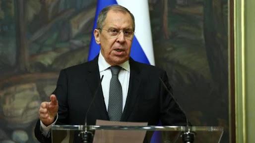 ll gelo si abbatte sull'Europa: MOSCA espelle diplomatici di Svezia Polonia e Germania