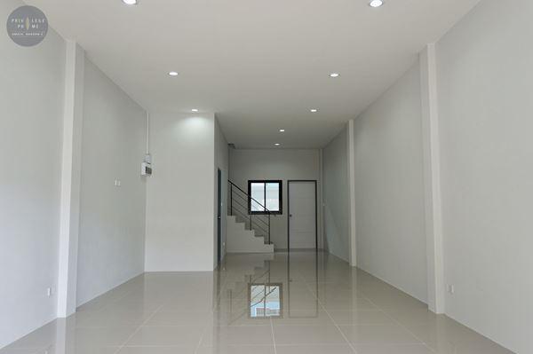 ขายอาคารพาณิชย์ ในอมตะ-ชลบุรี โครงการพริวิเลจไพรม์ อมตะนคร 2 ตำบล ดอนหัวฬอ อำเภอเมืองชลบุรี