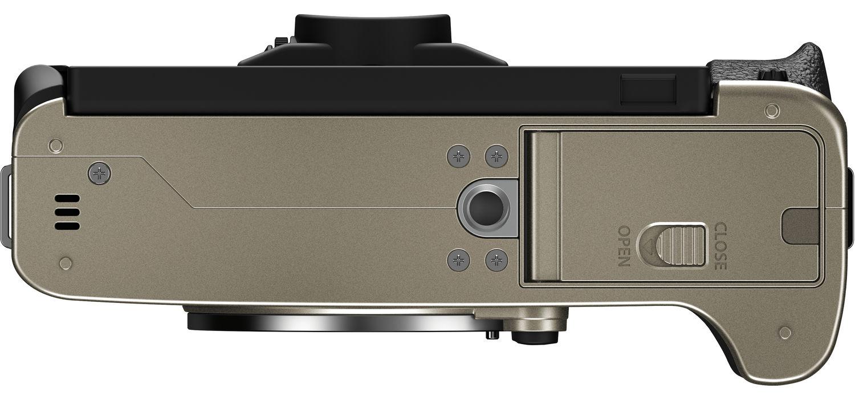 Fujifilm X-T200, вид снизу