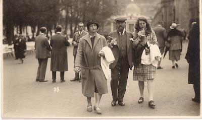 גוטליב עמליה וסבתי אליס ברחובות ברלין
