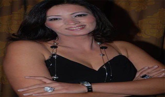 مونيا الزوجة الرابعة للحاج متولي في أحدث ظهور