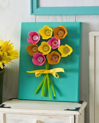 Como fazer flores de caixa de ovos