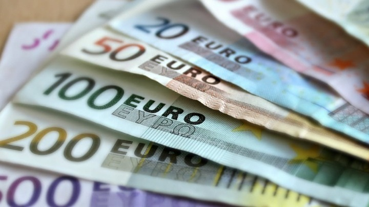 Σχεδόν 240.000 οι επιχειρήσεις δικαιούχοι μειωμένης προκαταβολής φόρου