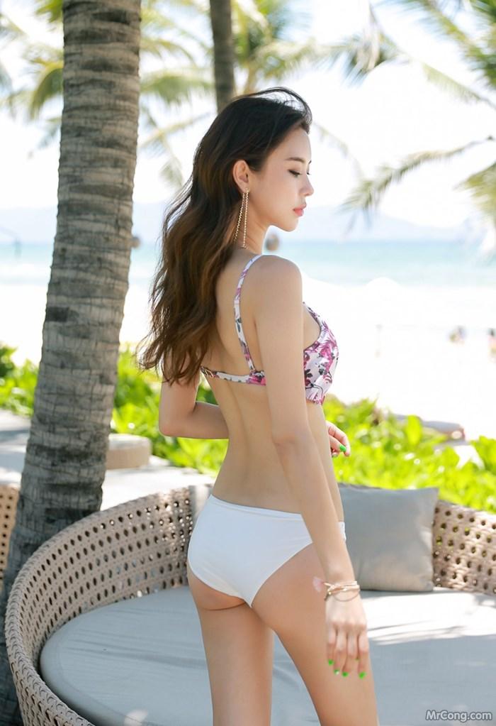 Image Park-Da-Hyun-MrCong.com-004 in post Bộ ảnh thời trang biển rực cháy quyến rũ của người đẹp Park Da Hyun (320 ảnh)