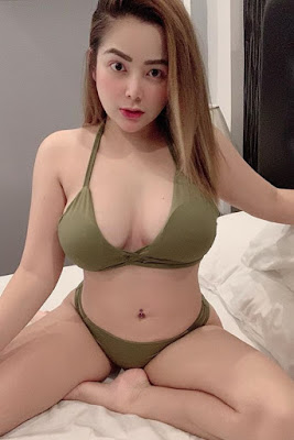 Hot and sexy photos of beautiful busty pinay hottie chick freelance model Jhane Santiaguel photo highlights on Pinays Finest Sexy Photo Collection site.