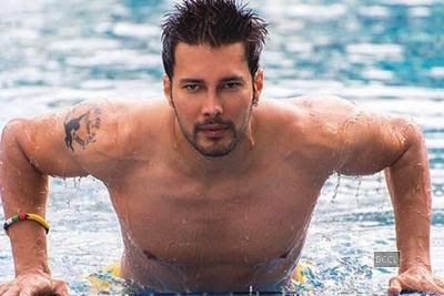im-secure-as-actor-rajniesh-duggall