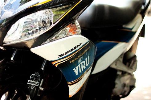 Sơn tem đấu xe Airblade màu trắng đỏ đen VIRU