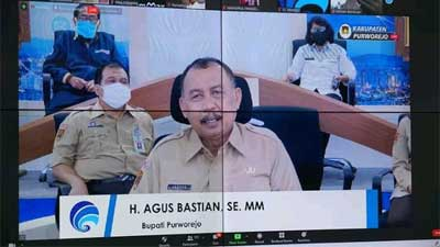 Bupati Purworejo Agus Bastian