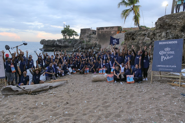 Las jornadas de limpieza de playas son realizadas por cerveza Corona desde el 2018 como una forma de concientizar a la población