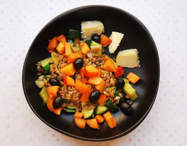 Salade courgette - épeautre - abricots