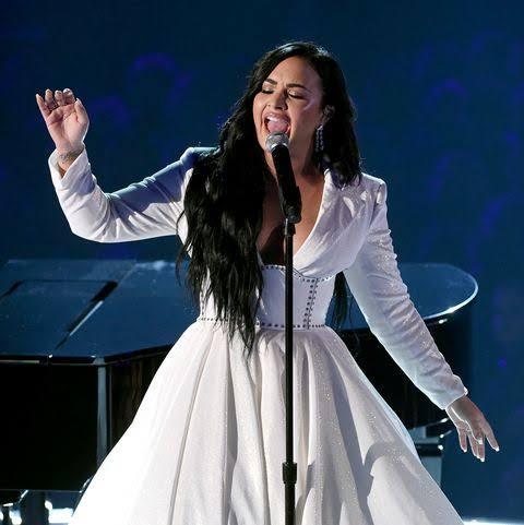ANYONE - Demi Lovato Lyrics
