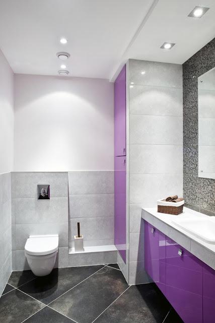 Nới rộng phòng tắm bằng kết hợp gạch lát