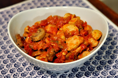 Simple Chicken Cacciatore - Photo by Taste As You Go