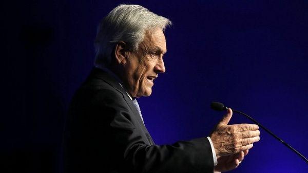 Piñera busca reactivar economía chilena frente a crisis social