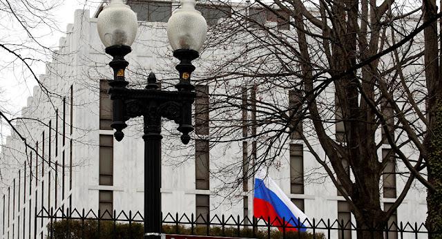 السفارة الروسية بواشنطن تعرب عن قلقها إزاء مزاعم تدخل موسكو من جديد في الانتخابات الأمريكية