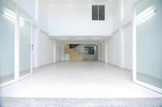 http://chothuecuahang.acr.vn