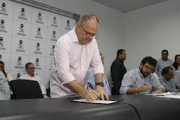 Governo autoriza mais de R$ 26 milhões em pavimentação para 29 municípios