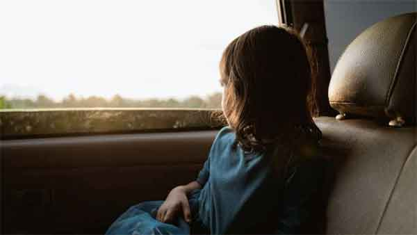 News, World, Gulf, Abu Dhabi, Police, UAE, Warning, Children, Parents, Fine, UAE: 10 years jail, Dh1 million fine for leaving kids in locked vehicles