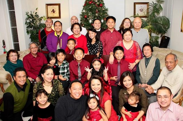 Perseveranda Christmas: Family Photo 2011