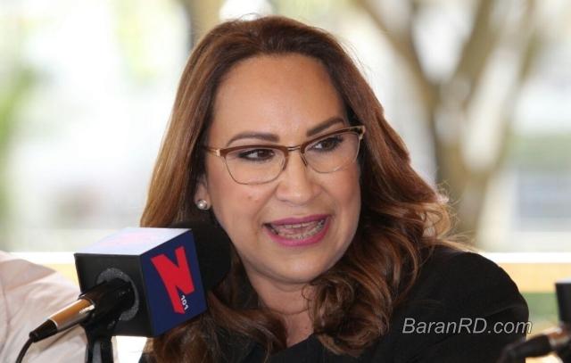 Designan nueva directora de Pasaportes