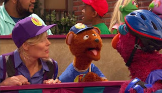 Gina and Baby Bear persuade Telly to return the game. Sesame Street Episode 4421, The Pogo Games, Season 44.