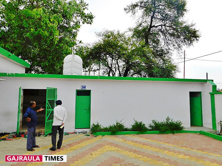 tigri-primary-school-in-gajraula