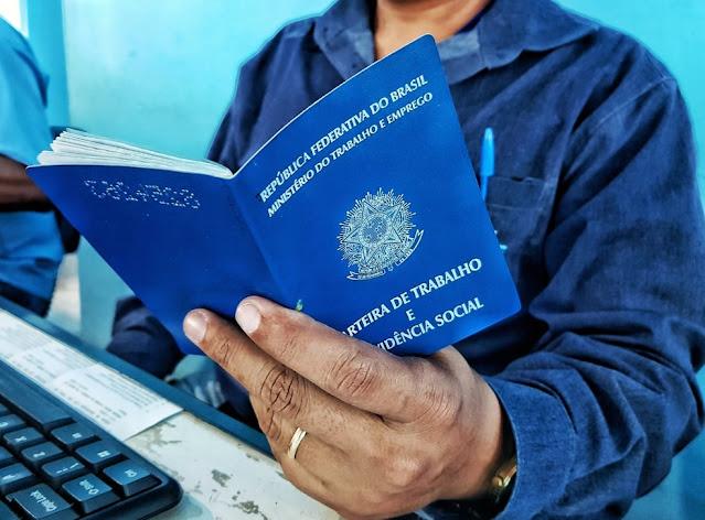 Agência do Trabalho oferece 104 vagas de emprego 17 são para Goiana.