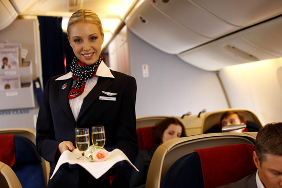 Стюардесса в шейном платке