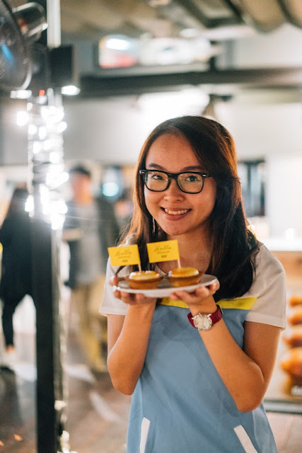 bake cheese tart grand opening ION Orchard