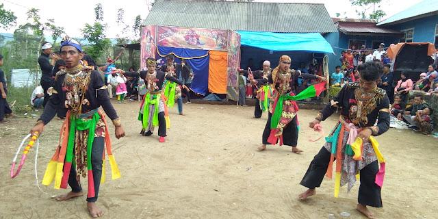 Kesenian Kudalumping Turongo Jati Meriahkan Peringatan Hut RI ke-75 di Pekon Sukarami