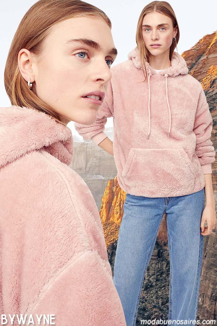 buzo de piel sintetica con capucha 2021 mujer
