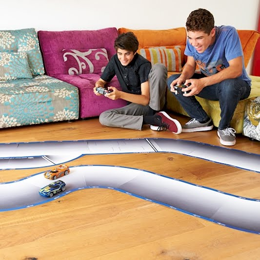 Carreras de coches con inteligencia artificial de Hot Wheels