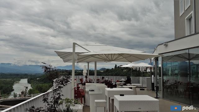 Belluno, terrazza bar dell'hotel Astor