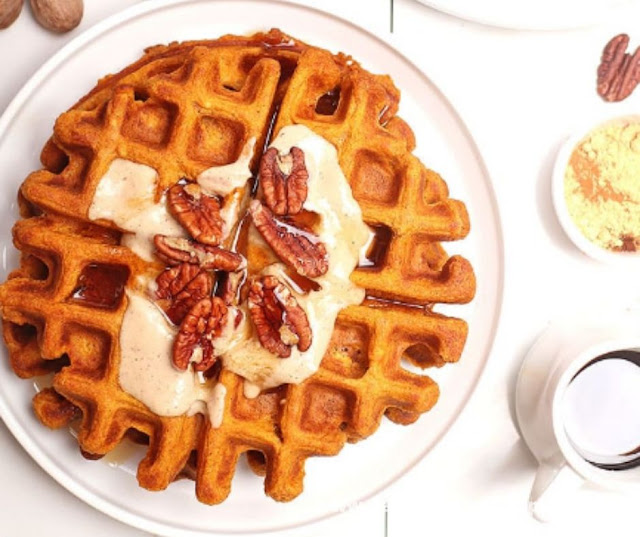 PUMPKIN WAFFLES WITH MAPLE CASHEW CREAM
