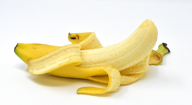 How many bananas can one person eat in a day?