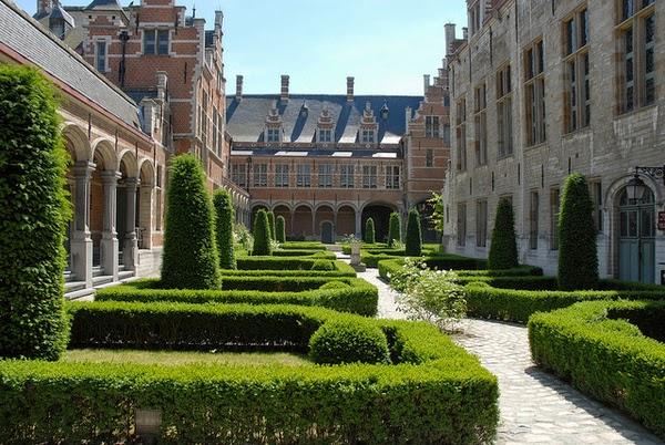 Jardines del Palacio de Margarita de Austria (Malinas, Flandes)