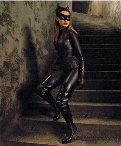 Kate Beckinsale Vs Milla Jovovich