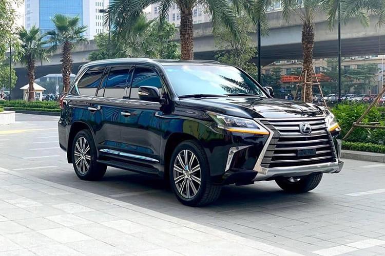 Lexus LX570 chạy 4 năm vẫn hơn 6 tỷ đồng tại Hà Nội