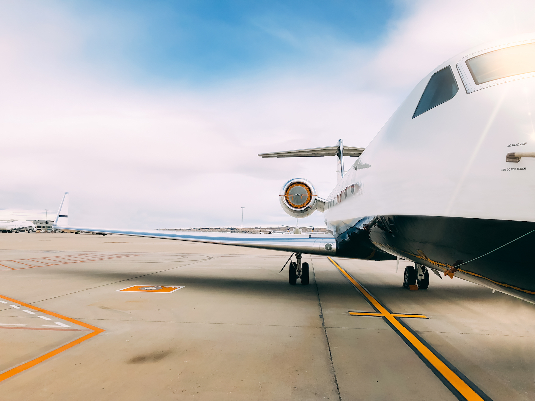 Private jet flights at MBRAH surge by 336% in Q1 2021