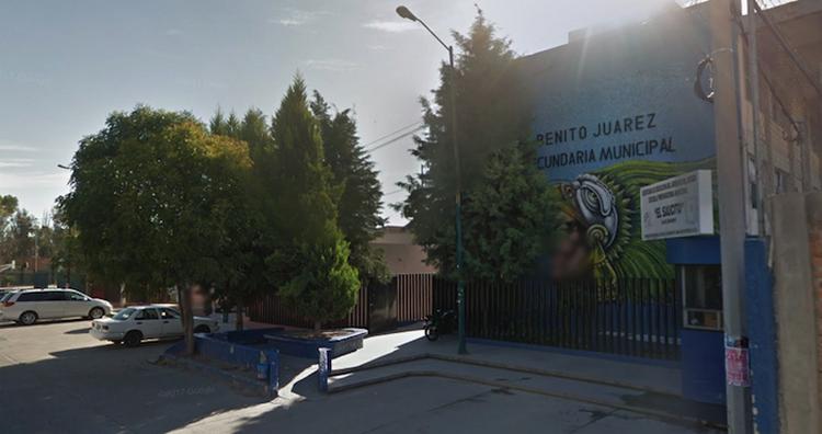 """El maestro de SLP detenido por abusar de dos niñas es acusado de """"compartirlas"""" con otros docentes"""