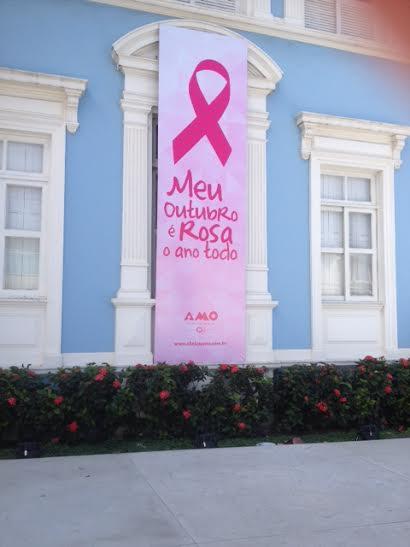 Clínica Amo lembra que outubro rosa tem que ser o ano todo