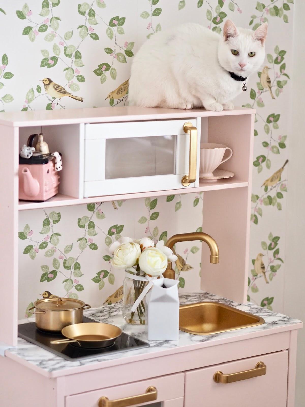 Ikea Duktig play kitchen makeover - Dainty Dress Diaries