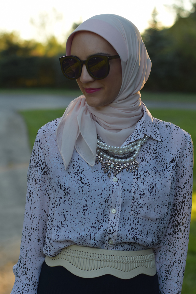 A Day In The Lalz; Fashion Blog; Statement Necklace; BaubleBar; Jewelry; Style Inspiration The fashion blog for women in need of modest style inspiration.