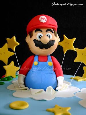 Figura de Super Mario en fondant