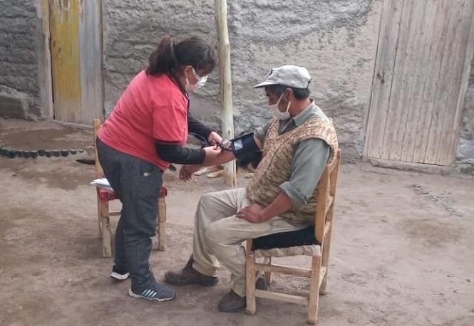 Malargüe asiste y brinda controles de salud a comunidades retiradas