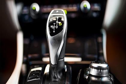 4 Alasan Mengapa Mobil Matic Lebih Disukai