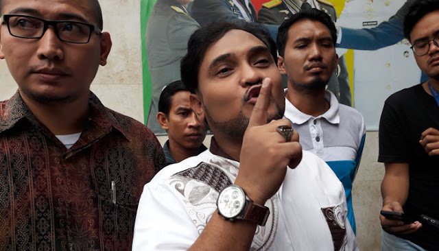 Novel Bamukmin : PA 212 Dukung Aksi Menuntut Jokowi Mundur