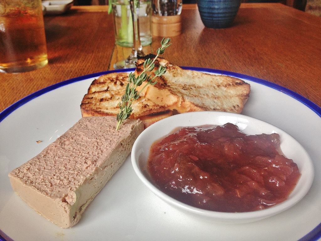 Oak-smoked chicken liver parfait