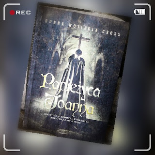 """""""Papieżyca Joanna"""" Donna Wolfooln Cross"""