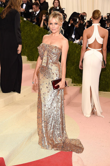 Sienna Miller Red carpet: As mais bem vestidas na Met Gala 2016